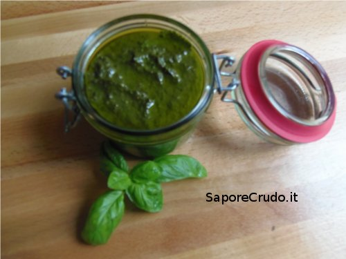 Pesto Raw alla Genovese.