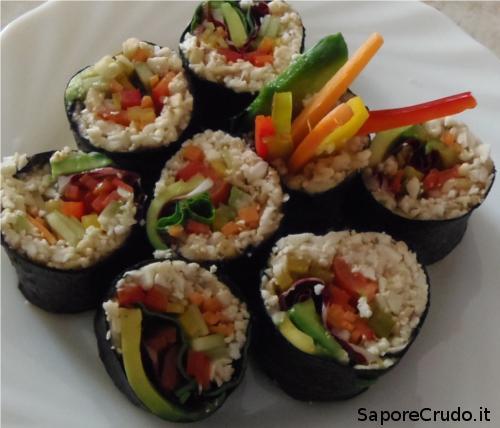 Sushi Vegano Crudista. Raw Sushi.