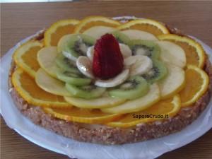 Torta di frutta crudista